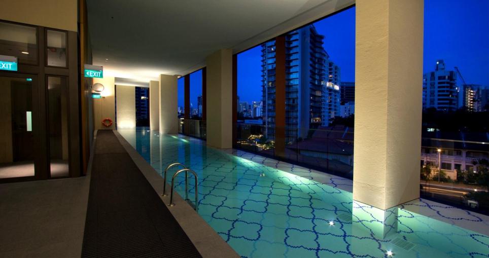 Ritz Carlton Sky Pool